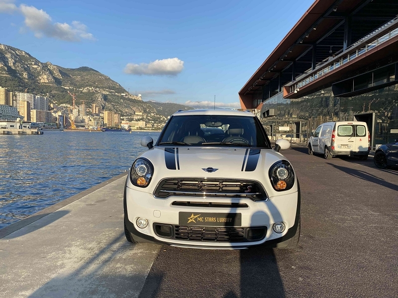 Photo 2 de l'offre de MINI COUNTRYMAN COOPER S 190CH PACK RED HOT CHILI ALL4 BVA à 27590€ chez Stars Monte Carlo
