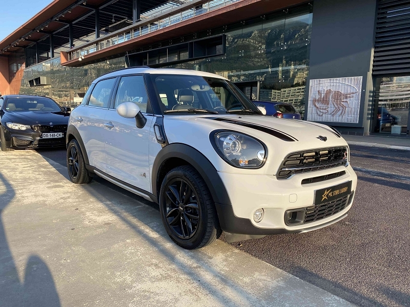 Photo 5 de l'offre de MINI COUNTRYMAN COOPER S 190CH PACK RED HOT CHILI ALL4 BVA à 27590€ chez Stars Monte Carlo