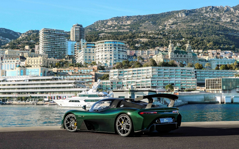 Photo 11 de l'offre de DALLARA STRADALE DECAPOTABLE CARBONE APPARENT GLOSSY  400 CLIM à 314400€ chez Stars Monte Carlo